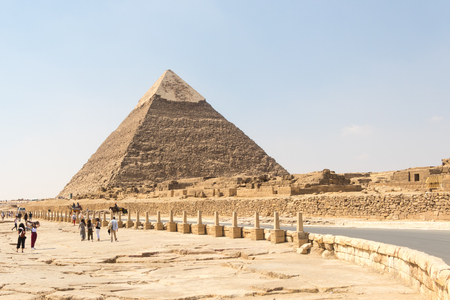 Giza, Egypt - April 19, 2019: The road to the Great Pyramid of Khafre, Egypt Stock Photo