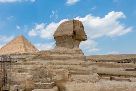 Der Pyramidenkomplex von Gizeh, auch Nekropole von Gizeh genannt Standard-Bild