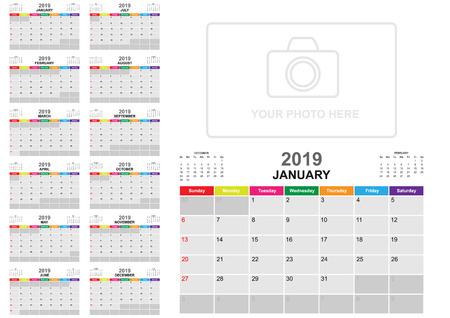 Kalender 2019 Vorlage und Design mit Hintergrundsammlung. Vektor EPS10