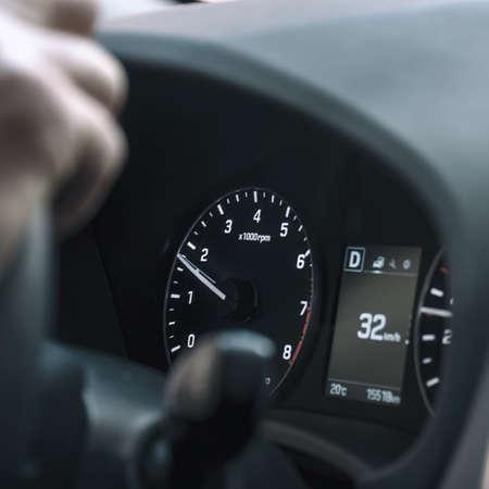 Dashboard and speedometer in the car. Selective focus Zdjęcie Seryjne