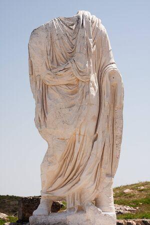 escultura romana: escultura romana en las ruinas de Seg�briga Espa�a Foto de archivo