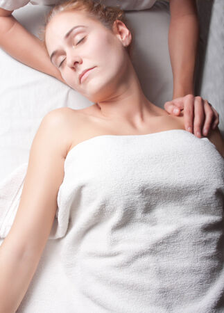 stretching ostheopathy procedure in the neck