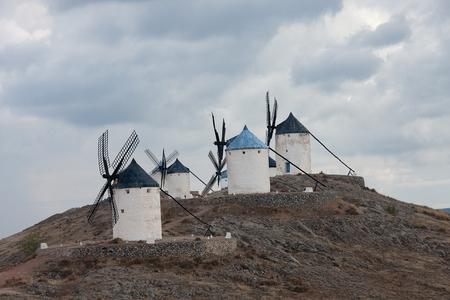 don quijote: molinos de viento en Consuegra, Toledo provincia, en don quijote de la ruta