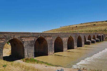 Ten Arches Bridge (Dicle Bridge) Sancaroglu Ubeydoglu Yusuf