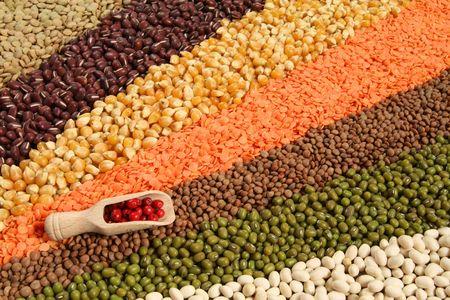 Variedad de granos y cereales - ondas de coloridos de la cocina. Resumen de alimentos decorativos. Foto de archivo - 6183000