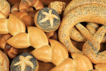 Diferentes tipos de pan. Tradicional al horno de Polonia. Foto de archivo - 8246002