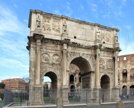 constantino: Arch of Constantine (Arco Constantino) - Roman empire ancient landmark in Rome, Italy