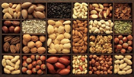 Rassen van noten en andere zaden. Voedsel-en keuken. Stockfoto