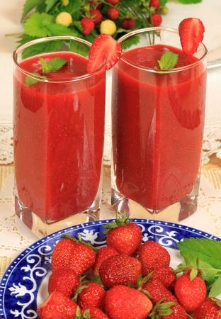 Glasses of freshly made strawberry smoothie Stock Photo - 11552754