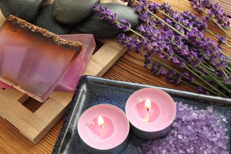 pebles: Spa resort and wellness composition - lavender flowers.