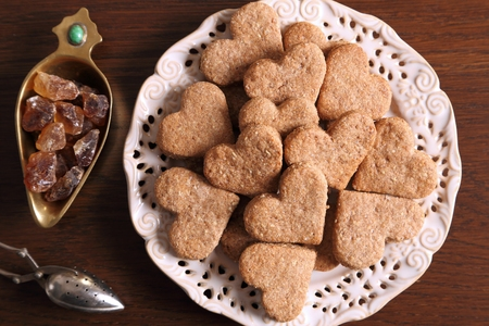 spelled: Dietary cookies with almonds, spelled and spices.