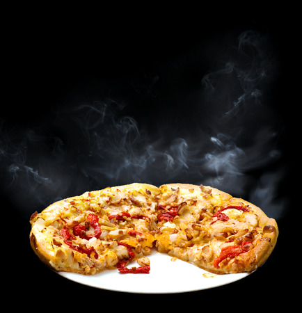 capsicum: Chicken, onion and red capsicum pizza with smoke