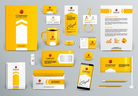 Professionele geel / oranje branding design kit voor vastgoed / investeringen. Premium corporate identity template. Briefpapier mock-up. Bewerkbare vector illustratie: map, beker, enz.
