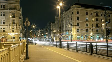 BUDAPEST, HUNGARY - 24 August, 2018: Night view of the lighting Budapest urban street Redactioneel