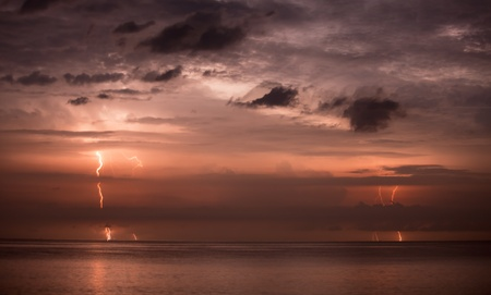 Bolts of lightning in the night sky - long exposure photo