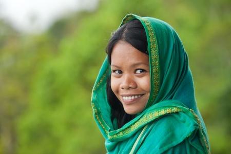 Portrait der schönen südostasiatischen aussehende junge Frau Lizenzfreie Bilder