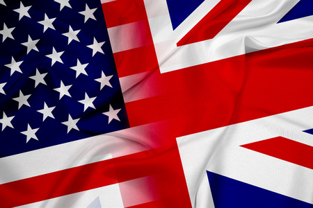 흔들며 미국과 영국 국기