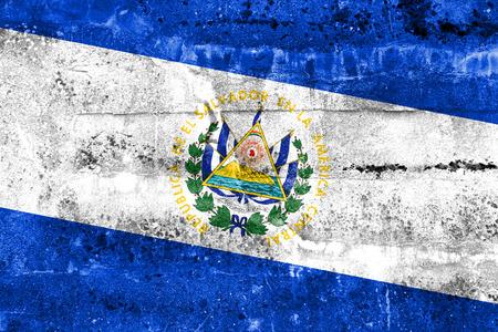 bandera de el salvador: Bandera de El Salvador pintado en la pared del grunge