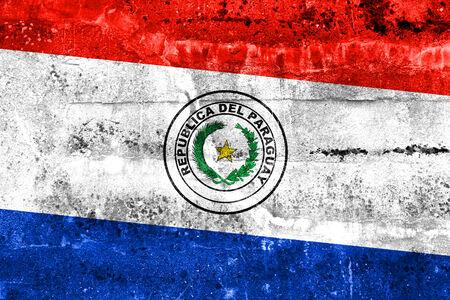bandera de paraguay: Bandera de Paraguay pintado en la pared del grunge