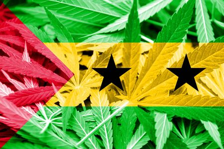 principe: Santo Tom� y Pr�ncipe en el fondo de la bandera de cannabis. La pol�tica de drogas. La legalizaci�n de la marihuana Foto de archivo