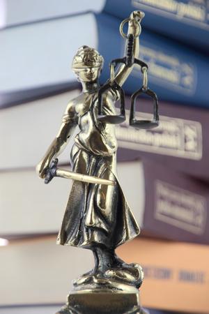 validez: Símbolo de la ley y la justicia.