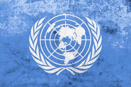 united nations: Bandera de las Naciones Unidas, con un look vintage y vieja
