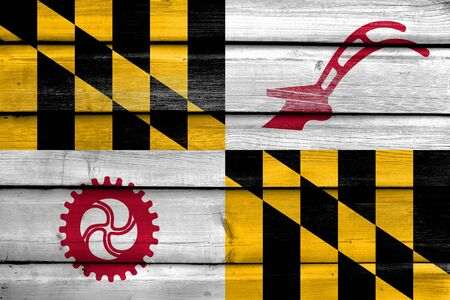 maryland flag: Flag of Baltimore County, Maryland, USA, painted on old wood plank background