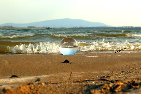 Mietkow Lake, Poland. Wild, untouched nature. View through a glass, crystal ball for refraction photography. 版權商用圖片