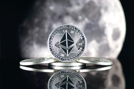 Ethereum (ETH) and the moon. The saying TO THE MOON suggests an increase in the value of cryptocurrencies.