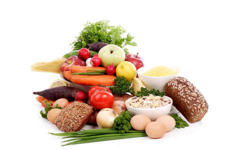 nutriments: Verduras y hortalizas frescas y frutas. Filmada en un estudio.