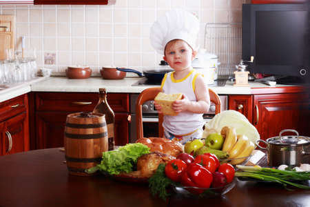 Little cook: fruits and baby food photo