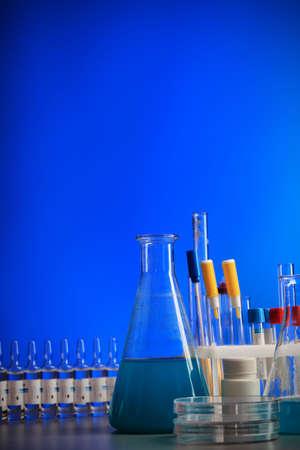 ah1n1: Medical theme: equipment, objects, laboratory.