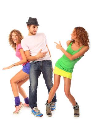 chicas bailando: Grupo de un pueblo alegre joven. Moda, los d�as festivos.