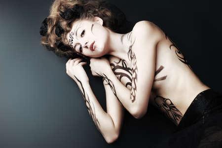 desnudo artistico: Cuerpo proyecto de pintura: el arte, la moda, la belleza Foto de archivo