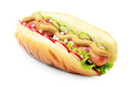 bollos: Close up de hot dog. Comida r�pida. Aislados sobre fondo blanco.  Foto de archivo