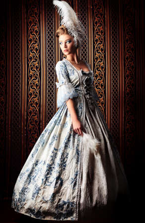 medieval woman: Portrait of the elegant woman in medieval era dress.
