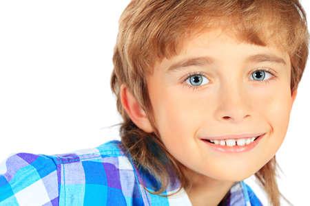 0ff20821600f3c  17698946 - Portret van een 9-jarige jongen. Geà ¯ soleerd op witte  achtergrond.