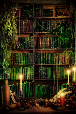 Covo della strega. Decorazione magia. Alchemy. Halloween. Archivio Fotografico - 32823343
