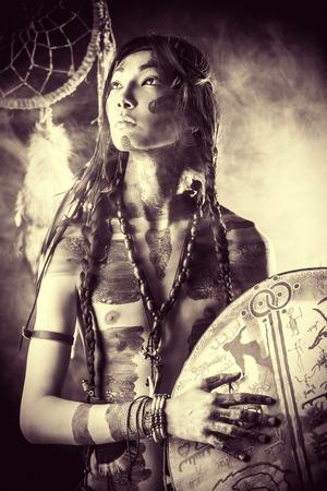 アメリカ ・ インディアンの肖像画。