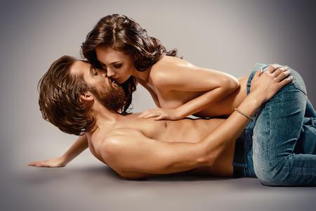 35508014-amantes-apasionados-hermosos-concepto-del-amor-.jpg?ver=6