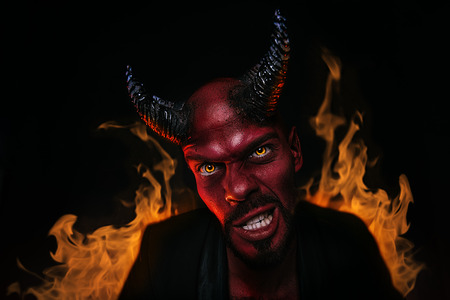 Un retrato de primer plano de un demonio malo. Película de terror, pesadilla. Víspera de Todos los Santos. Foto de archivo