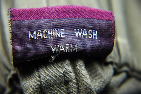 Follow the instructions for washing the clothing items  Machine specifications for general wardrobe items   photo