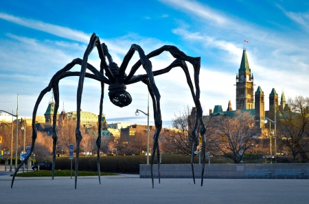 louise: Ottawa -- The spider sculpture is the famous Maman by Louise Bourgeois