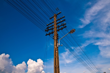 Electrical transmission towers. Stock Photo - 15968758