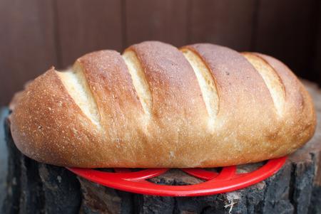 pure de papas: Pan casero con puré de patatas Foto de archivo
