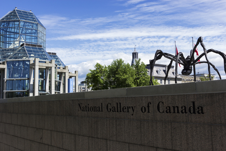 bourgeois: Maman sculpture by the artist Louise Bourgeois in front of National Gallery of Canada in Ottawa Editorial