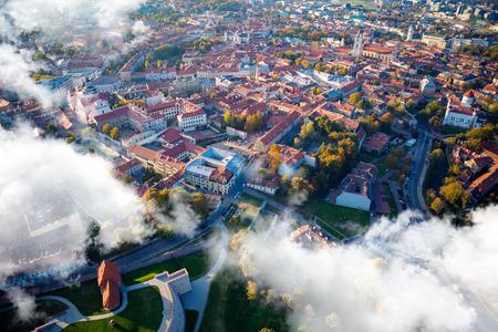 Vue aérienne de Vilnius, en Lituanie. Banque d'images - 46143468