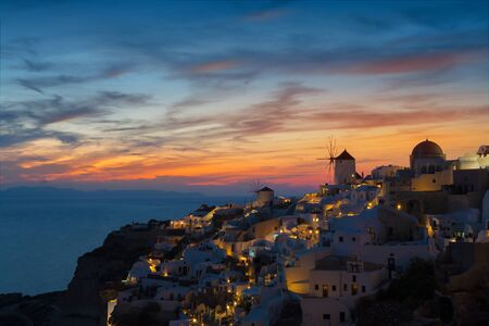 View of Oia the most beautiful village of Santorini island in Greece. Banque d'images - 135293576