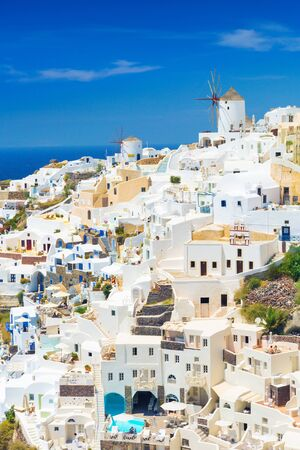 View of Oia the most beautiful village of Santorini island in Greece. Banque d'images - 135293579