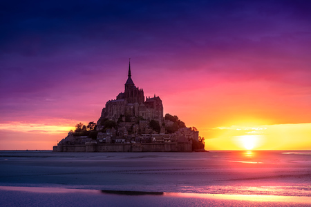 Mont Saint-Michel view in the sunset light. Normandy, France Reklamní fotografie